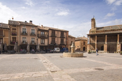 Plaza Mayor in Ayllón (Segovia, Kastilien-León)