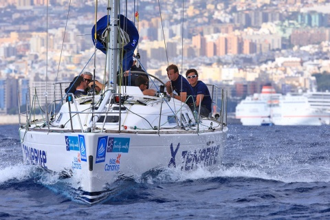 Sailing competition in Santa Cruz de Tenerife
