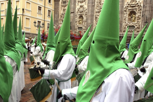 Lay Brothers and Church of Santa Isabel during Easter Week in Zaragoza