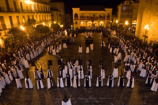 Procession of the Brotherhood of Jesús en su Tercera Caída. Easter Week in Zamora