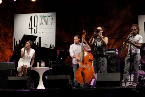 Performance by Dee Dee Bridgewater