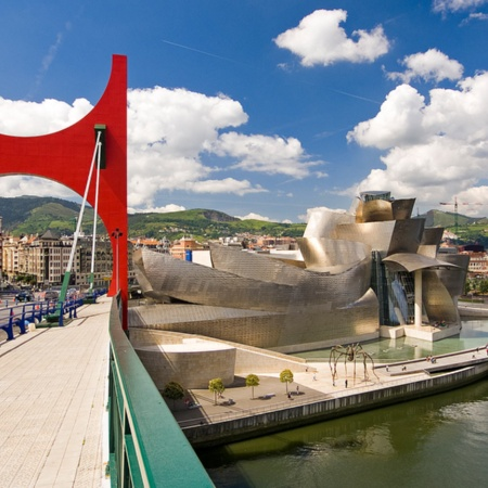 La Salve bridge and Guggenheim Museum