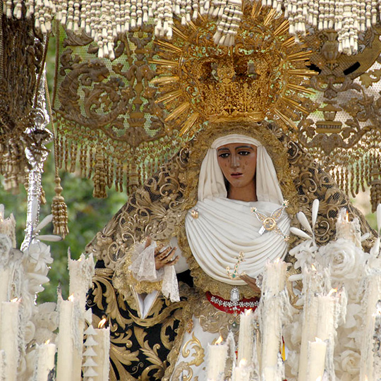 "Popular image of the ""Esperanza de Triana"" during Easter in Seville"