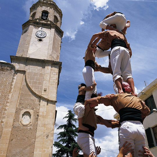 "Formation of the ""castell"" or human tower in Tarragona"