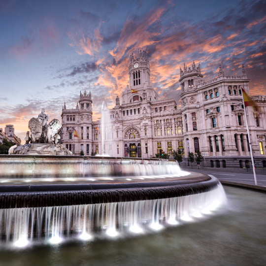Cibeles Fountain and the CentroCentro Madrid building
