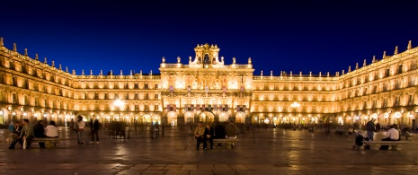Plaza Mayor in Salamanca bei Nacht