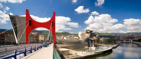 La Salve bridge and Guggenheim Museum, Bilbao