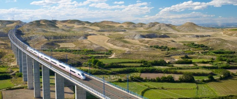 High-speed AVE train passing through the province of Zaragoza
