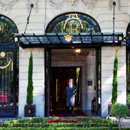 Entrada Hotel Ritz Madrid